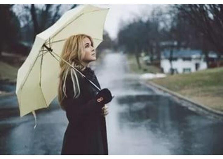 Из какого материала зонт лучше выбрать?