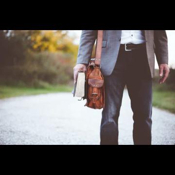Мужские кожаные сумки: разновидности и особенности изделий