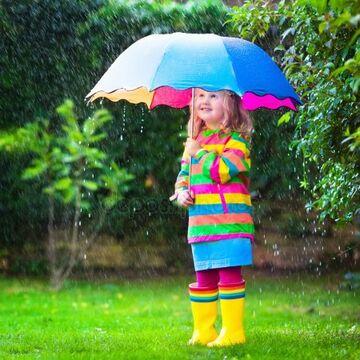Как правильно выбрать первый зонт для ребенка?