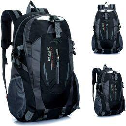 Мужской рюкзак SUUTOOP, черный 0967