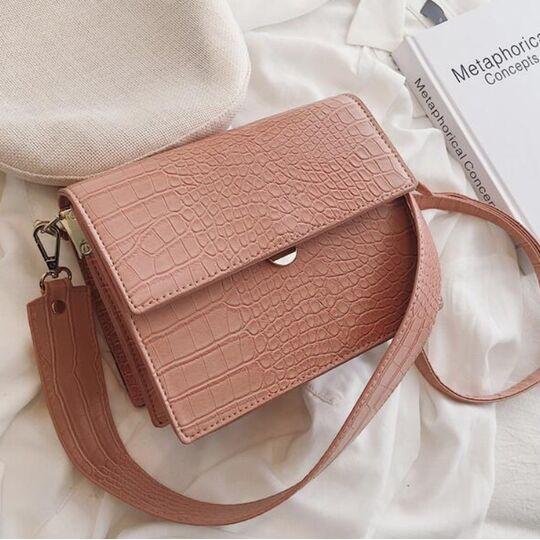 Женские сумки - Женская сумка, розовая П0598
