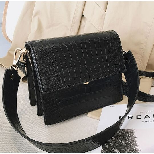 Женские сумки - Женская сумка, черная П0612